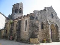 L'église au clocher tronqué