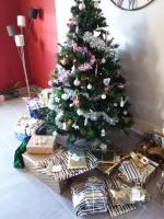 Le sapin et les cadeaux