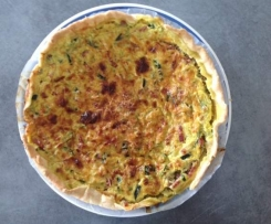 Tarte courgette/curry/allumettes de bacon