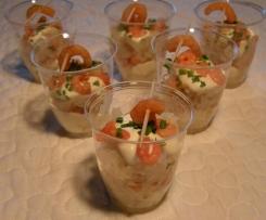 Verrine choucroute, crème au raifort, crevettes roses