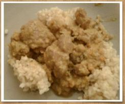 Colombo de porc aux raisins secs et chou frisé