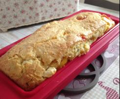 Cake à la feta et aux tomates cerises