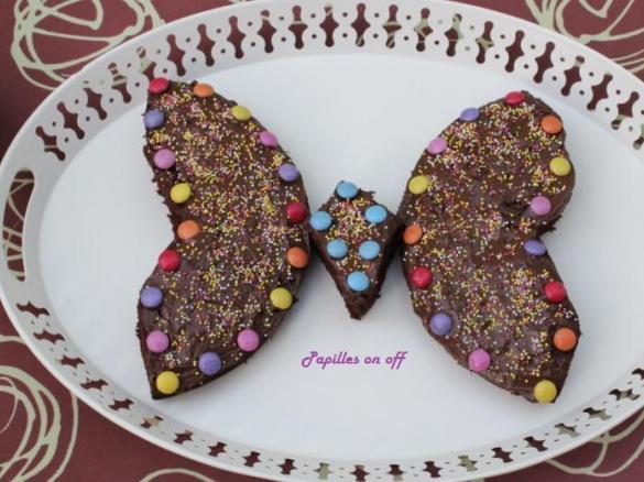gâteau en forme de papillon (anniversaire enfant) par papilles-on