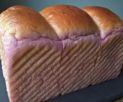 Pain brioché à la patate douce violette