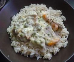 Fricassée de blancs de poulet, riz et légumes