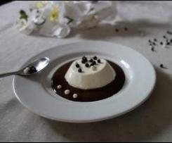 Panna cotta de chocolat blanc, coulis au chocolat noir