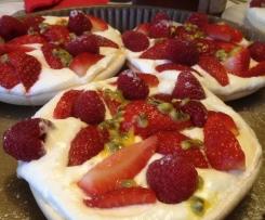 Pavlova fraises, framboises et passion
