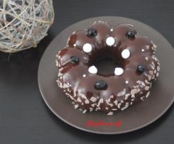 Entremet façon forêt noire (gâteau chocolat, mousse bavaroise vanille et gelée de cerises)