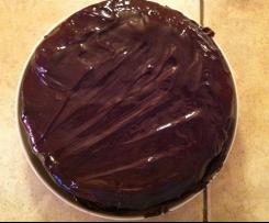 Gâteau au yaourt coeur fraise nappage chocolat