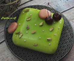 Entremets pistache et cerises