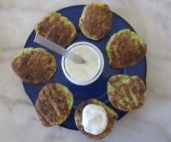 Blinis ou petites galettes courgette/parmesan