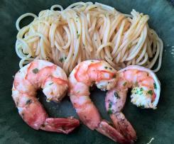 Spaghetti aux crevettes et à l'ail