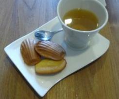 Madeleines au miel et citron