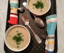 Velouté de chou-fleur et champignon au roquefort