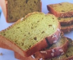 Cake aux orties, pecorino et noisettes