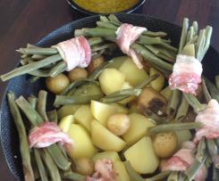 Fagots de haricots verts, pommes de terre et beurre au thym