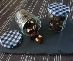 Bonbons au chocolat et aux fruits secs