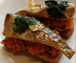 Carottes à l'orange et à la coriandre, sardine en boîte