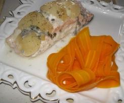 Papillote de saumon/poire/roquefort