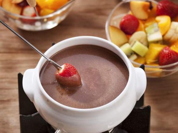 fondue au chocolat par thermomix recettes une recette de fan retrouver dans la cat gorie. Black Bedroom Furniture Sets. Home Design Ideas