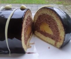 bûche mousse chocolat, insert lemon curd,glaçage miroir chocolat