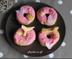 Donuts au fondant pâtissier rose  - Sweet table anniversaire sirène