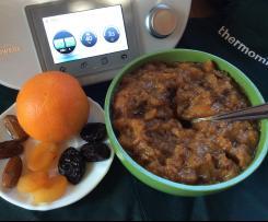 Compotée de pommes oranges et fruits secs (abricots, pruneaux, dattes)