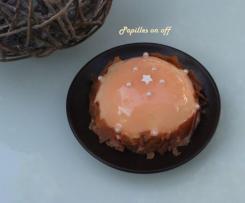 Dômes de mousse de mangue, insert passion, glaçage miroir