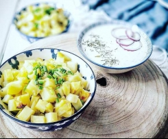Pommes de terre, sauce à la crème d'aneth