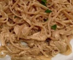 nouilles chinoise facon thai au poulet