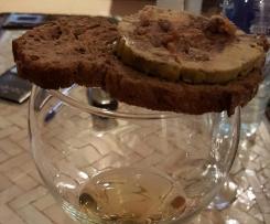 Foie gras aux dattes, fruits secs, et épices