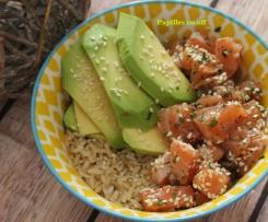 Poke bowl saumon mariné, avocat et riz complet– IG bas