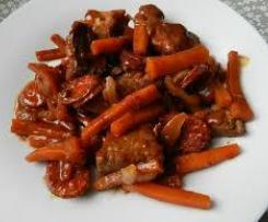 Filet mignon et ses légumes, sauce au vin