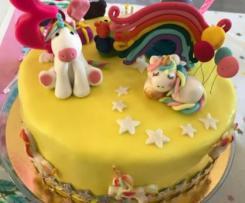 Gâteau en pâte à sucre mi Tcoupi, mi Licorne- Allergique à l'oeuf