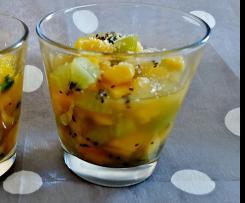 Salade mangue-kiwi épicée