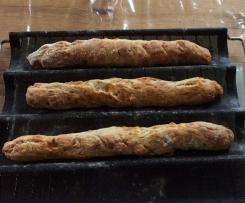 Baguettes apéritives aux lardons et Comté