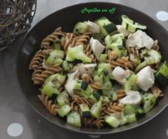 Salade de pâtes aux courgettes et au poulet