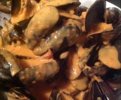 MOULES DE BOUCHOT / Différentes sauces : Roquefort, Chorizo et marinière