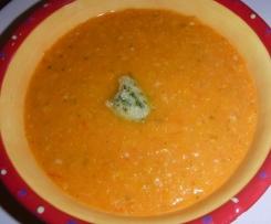 Velouté de tomates au pesto de persil
