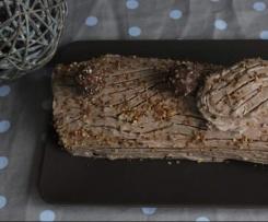 Bûche de Noël au chocolat praliné, pralin et nutella façon Ferrero Rochers