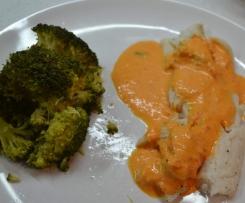 Filet de Sabre au brocolis et sa sauce poivron rouge