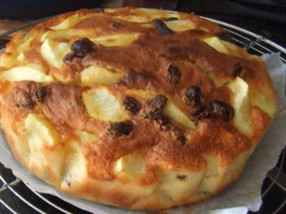 Gateau rapide aux pommes par mamina17 une recette de fan retrouver dans la cat gorie desserts - Recette dessert rapide thermomix ...