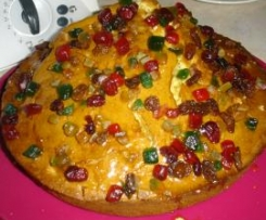 Gâteau moelleux aux fruits confits