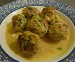 Boulettes de poulet, sauce curcuma