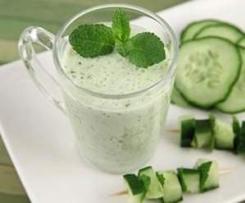 Gaspacho de concombre et menthe fraîche