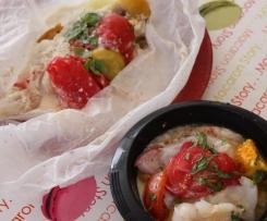 Papillotes de poisson aux pommes de terre et tomates