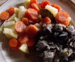 Coeur de porc aux carottes et pommes- de- terre.