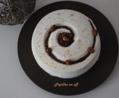 Entremets chocolat blanc, carambar et cacahuètes caramélisées
