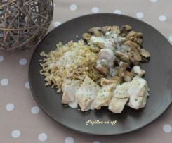 Poulet, champignons, riz et sauce au fromage frais