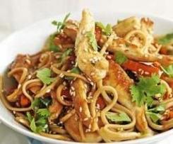 Nouilles chinoise façon thaï au poulet